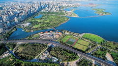 潮起海之南:海口 一城活水一城绿