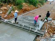 海南今年实现100%具备条件的自然村通硬化路(图)
