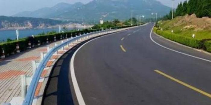 """海南环岛旅游公路今年开工 串联海岸线""""珍珠项链"""""""