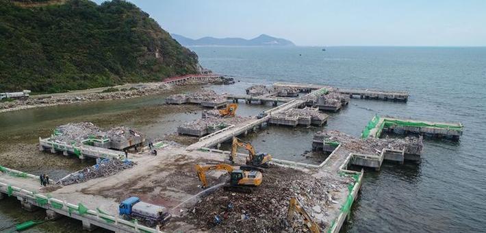 """三亚""""海上餐厅""""建筑已破拆"""