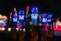 央视聚焦武汉园博园灯会 军运会吉祥物成春节萌宠