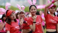 5000人将穿少女粉跑马拉松 享受350㎡梦幻化妆间