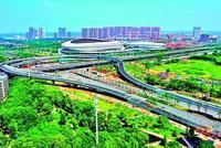 武汉临空港五环立交试通车 系军运会重要保障线路