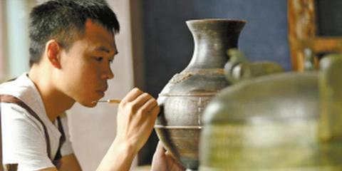 80后工匠复活古中山国青铜器