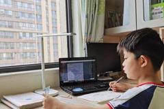 河北多地小学低年级暂停复课 继续线上网课