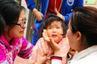 郑州女护士街头急救窒息女童