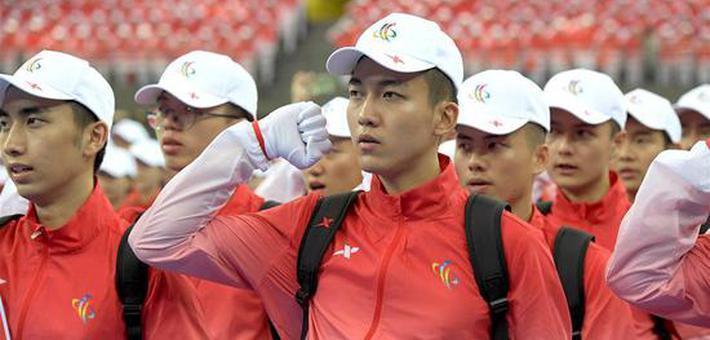 民族运动会志愿者出征仪式在郑举行