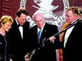 把总统逼哭的全美步枪协会