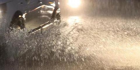 一场大雨冰城不少街路积水严重