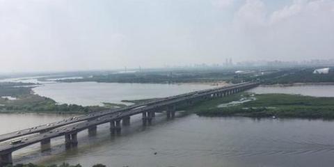 松花江哈尔滨段半月长高1.12米