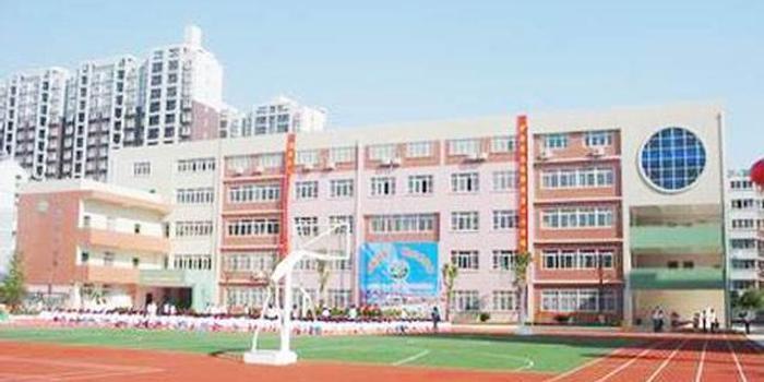 南雅湘江中学,奥克斯缔壹城小学,博才金鹰小学;北京御园公立幼儿园