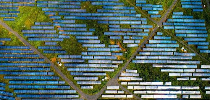 湖南郴州:矿山上建600亩光伏发电场
