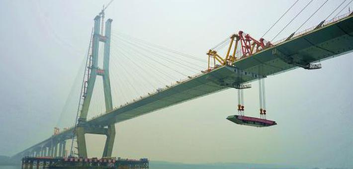 南洞庭大桥合龙 预计明年10月全线通车
