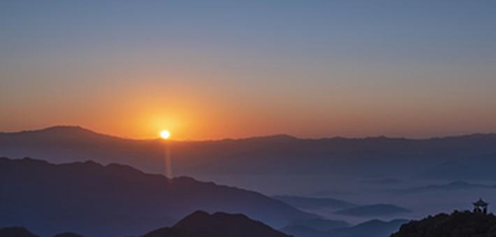 资兴回龙山:壮美的冬日云海
