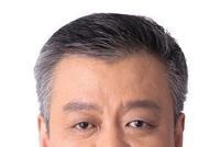 王江履新江苏副省长:15年高校+18年银行