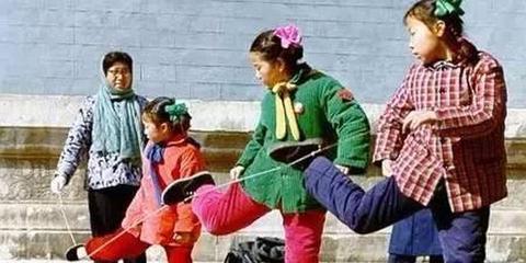 江苏人小时候的爆款衣服你都穿过吗
