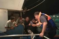 江苏盐城海域两渔船相撞 9人遇险