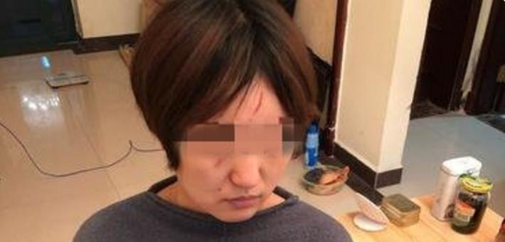 南京一小区物业人员殴打孕妇