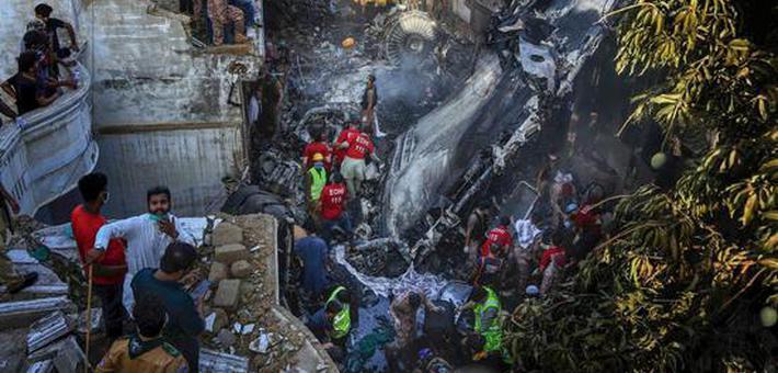 巴基斯坦坠机事件2人生还