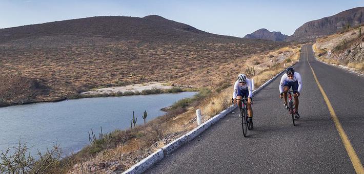 小伙261天骑电动车环游中国大陆 骑行3万多公里