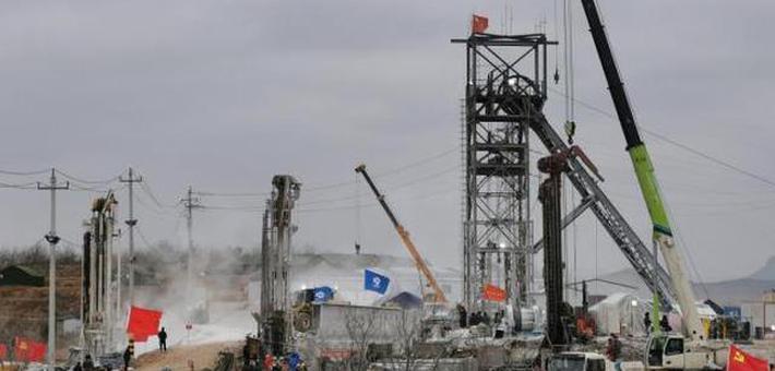栖霞金矿事故:升井通道打通至少半月