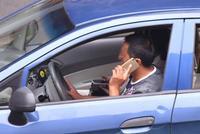 南京本周起严查开车用手机 违法者罚50元记2分