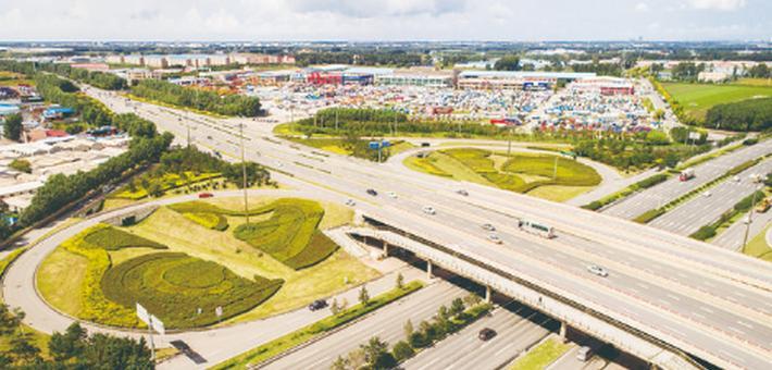 长春市主要出入口绿化美化掠影