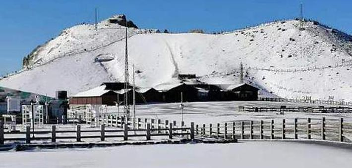 长白山迎初雪