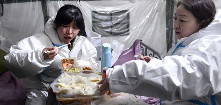 """通化:饺子""""包""""满爱 温暖一直在"""