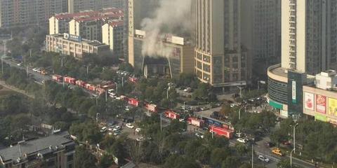 图集| 南昌海航白金汇酒店发生火灾