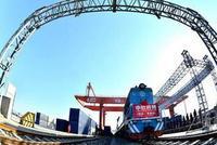 江西顺利开行首趟中欧班列 货值约180万美元
