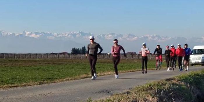 强化体能提升成绩 中国竞走队坚定训练目标不放松