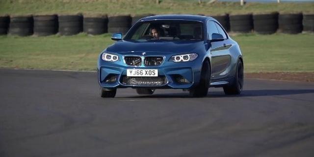 视频:Chris Harris对比试驾宝马M2 vs 1M Coupe