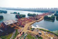 沈阳东塔跨浑河桥完成桥梁基础施工(图)
