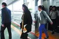 南宁BRT4个站点有电梯坐啦!赶紧告诉父母