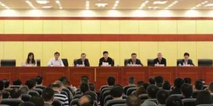 重庆市政府任免一批干部职务 涉及市内多部门