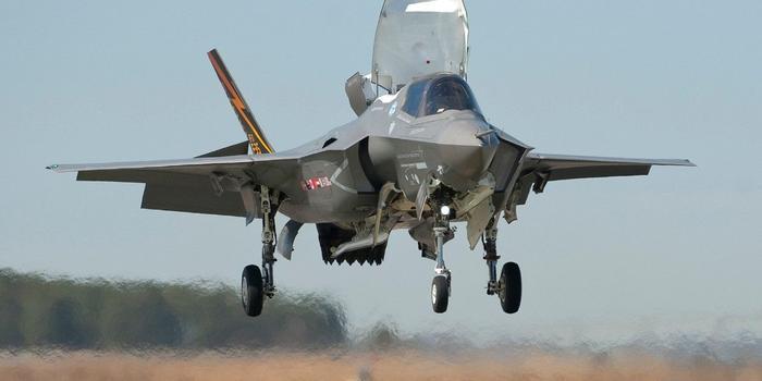 """日本正式决定引进F35B战机 将配备""""出云""""级准航母"""