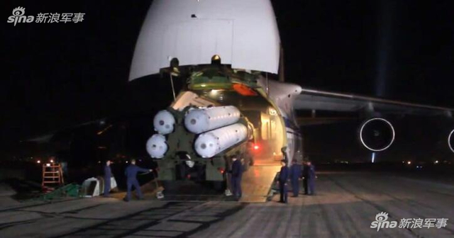 俄军安124向叙利亚空运S300