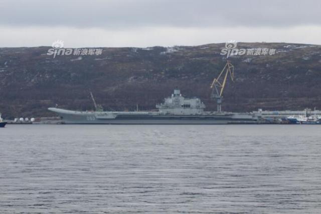 俄航母停靠船厂未能如期大修