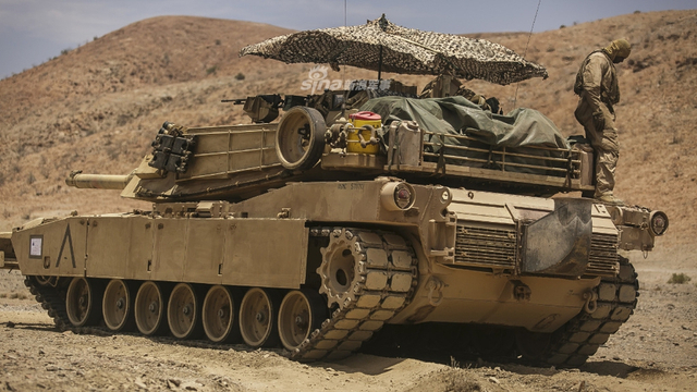 美陆战队M1坦克装备战术遮阳伞