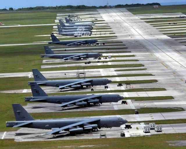 美B52轰炸机换发动机用到100岁