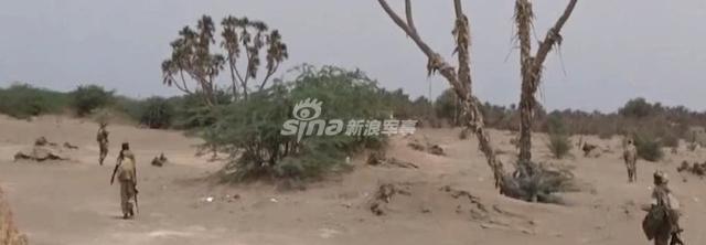 胡塞武装破袭沙特补给线像打猎