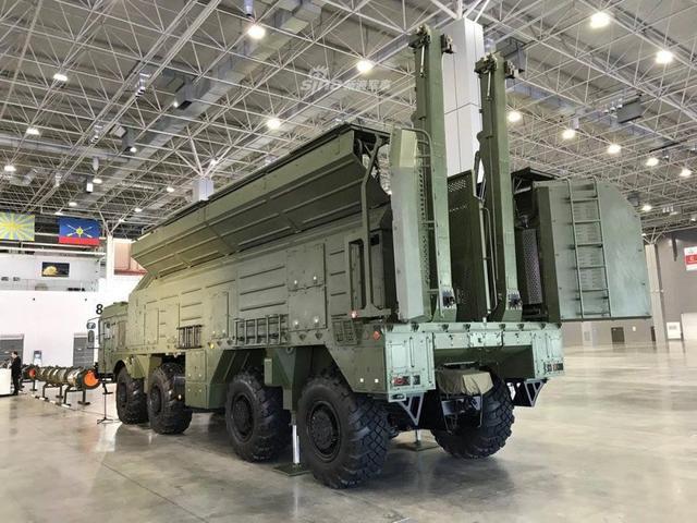俄展示让美忌惮的最新弹道导弹