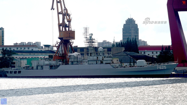 我军053H2G铜陵舰刷上新舷号