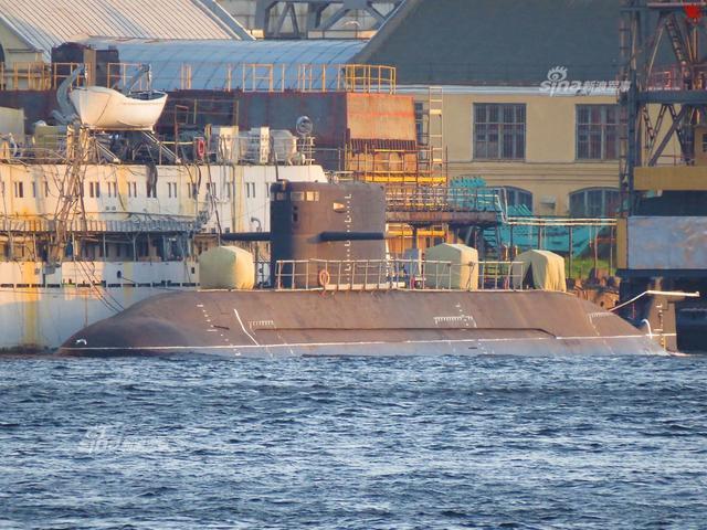 俄罗斯海军将续造12艘拉达潜艇