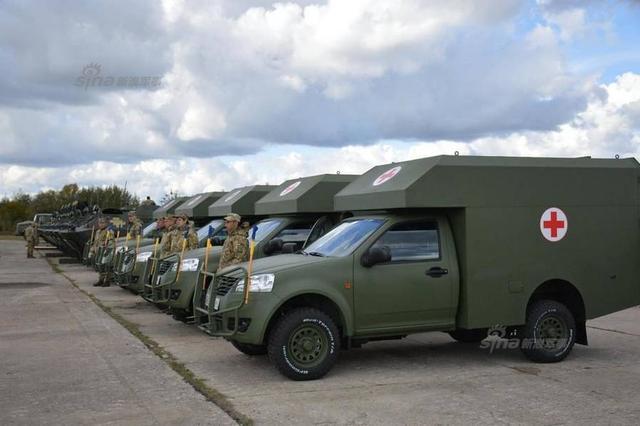 乌克兰接收新武器堪比阅兵