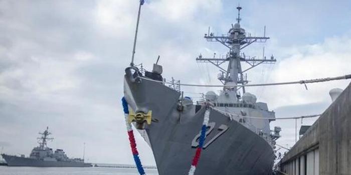 美国中东航母编队护航舰艇换了一茬 林肯号为何未回国