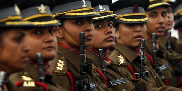 印度高院做出裁定:女性将可以担任军队指挥职务