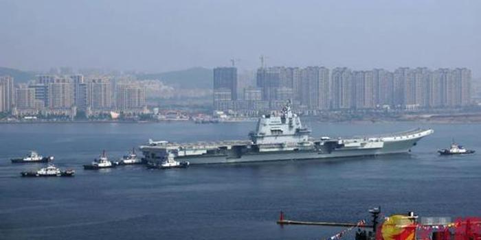 张召忠谈中国海军有多牛:军舰
