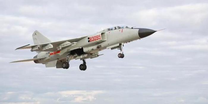 中國海軍裝備的殲轟7A與空軍裝備的究竟有何不一樣